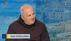 p. Peter pri oddaji Dnevnikov izbor