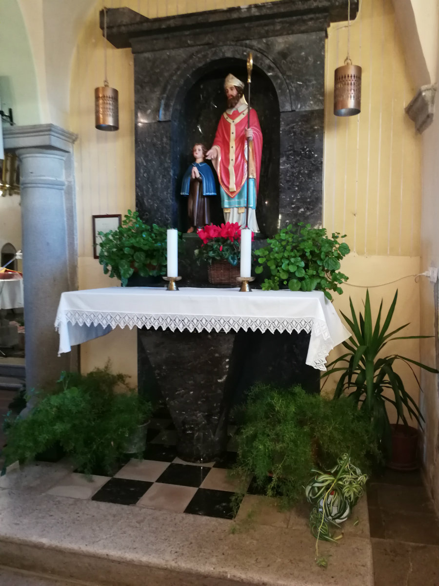 Oltar sv. Blaža Dutovlje
